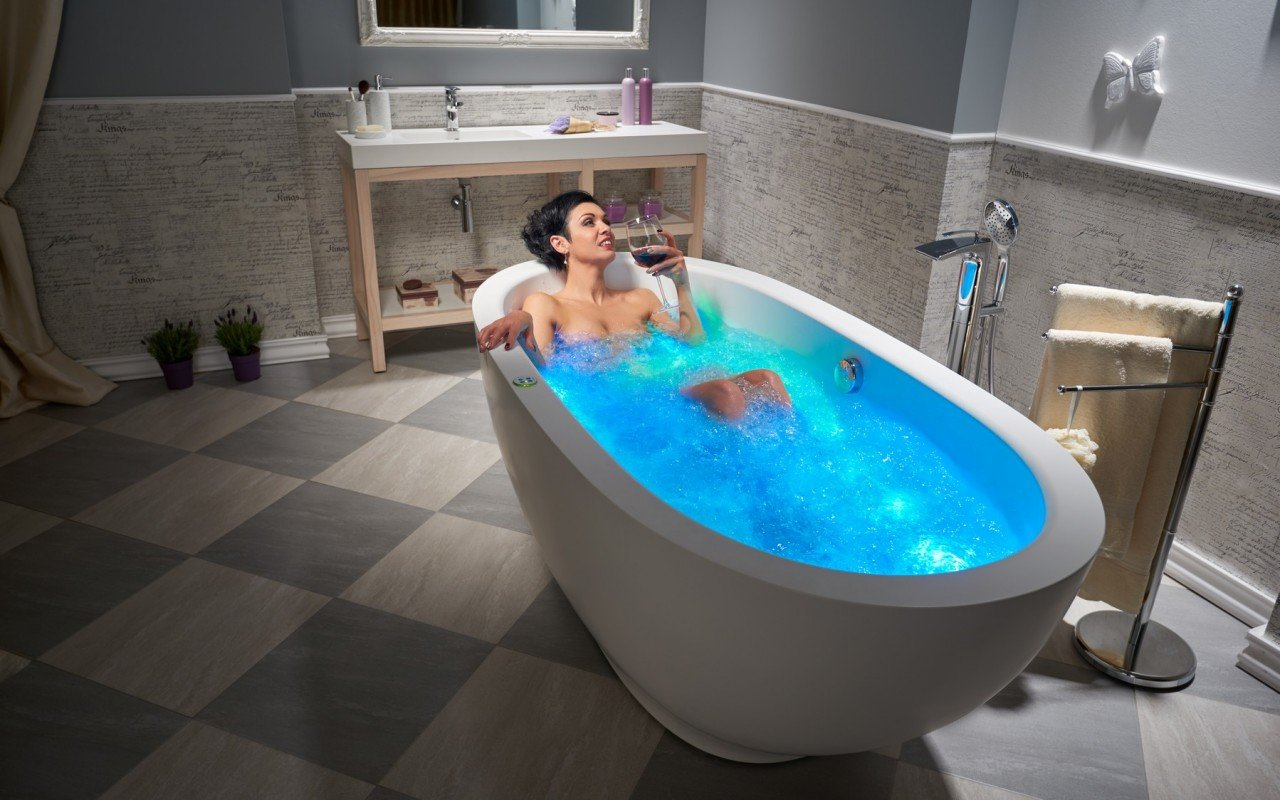 Aquatica Karolina Relax Solid Surface Air Massage Bathtub
