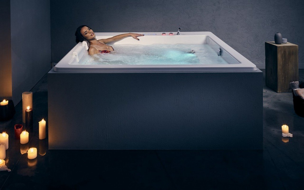 Aquatica Lacus-Wht Drop-In HydroRelax Pro Jetted Bathtub