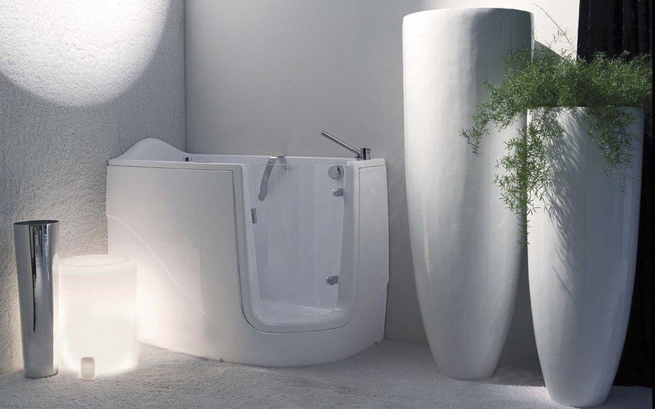 Aquatica Baby-Boomer-R™ Tranquility Heated Corner Walk-In Bathtub ...