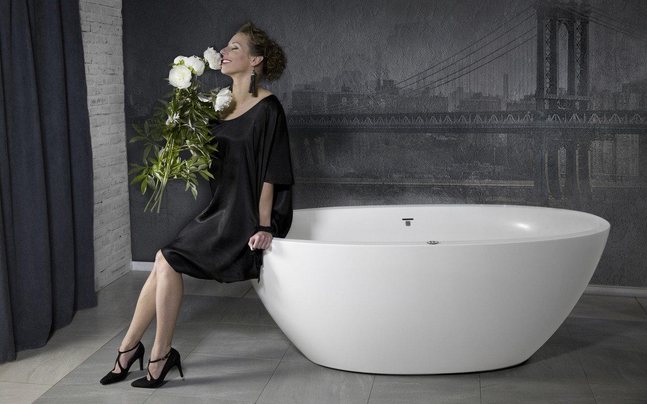 Sensuality mini f wht relax freestanding solid surface bathtub 15 1 (web)