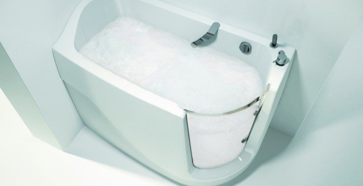 Baby Boomer R Oxygen Spa Jetted Walk In Bathtub 01 (web)