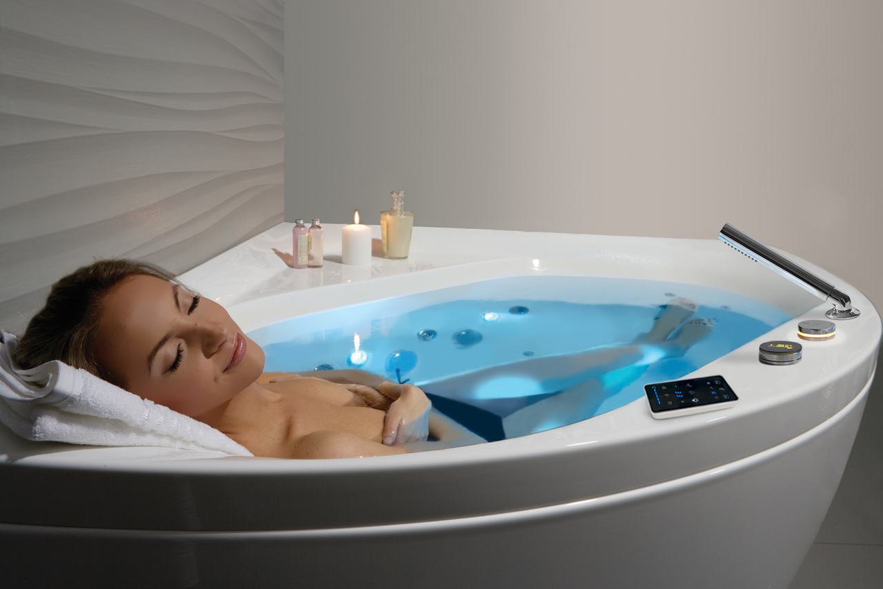 Aquatica Olivia-Wht HydroRelax Jetted Bathtub (220/240V/ 50/60Hz USA ...