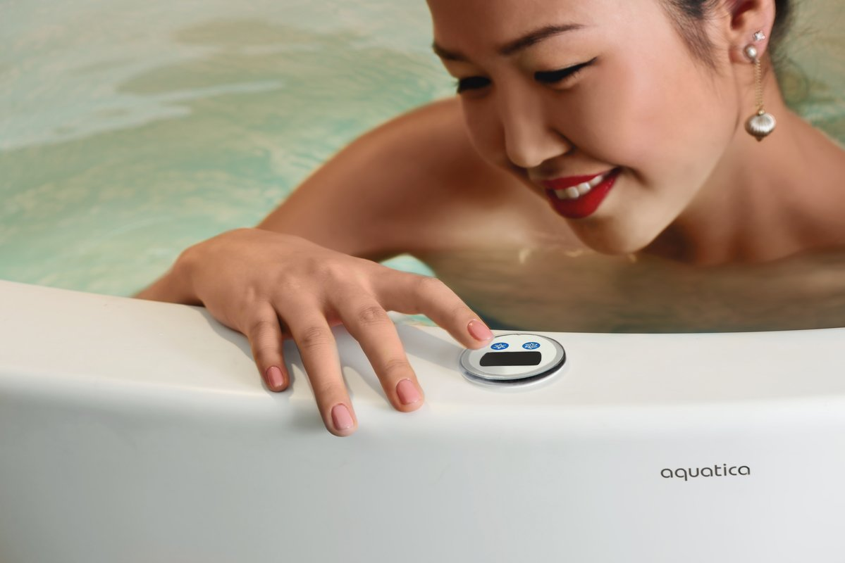 Aquatica true ofuro mini tranquility heating freestanding stone japanese bathtub 110v 06 (web)